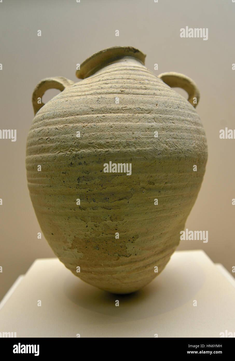 Ceramic jar. Mada'in Saleh. 2nd-4th century CE. Al-'Ula Museum. Saudi Arabia. - Stock Image