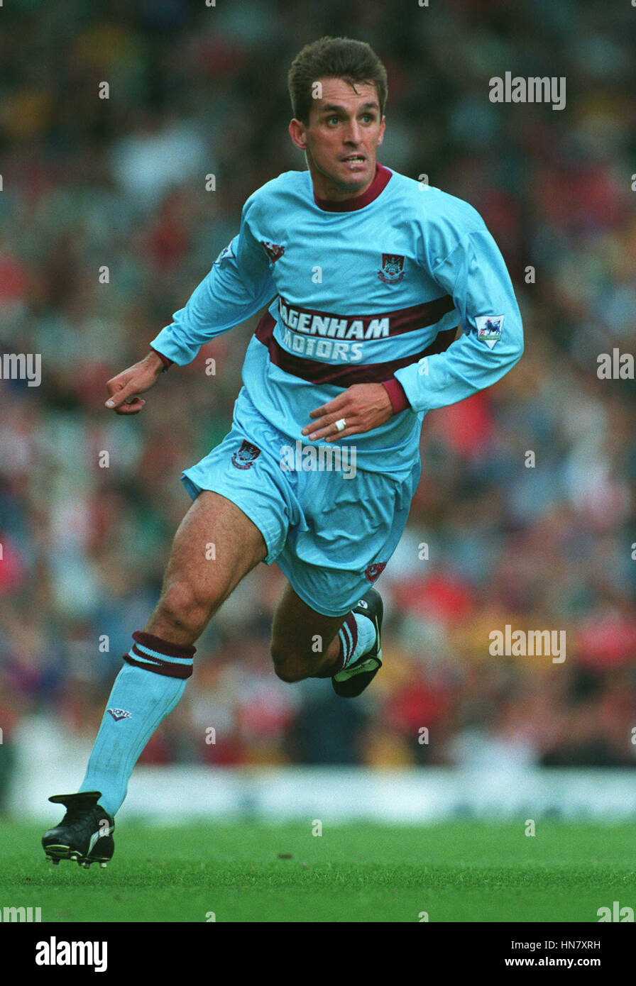 martin-allen-west-ham-united-fc-12-septe