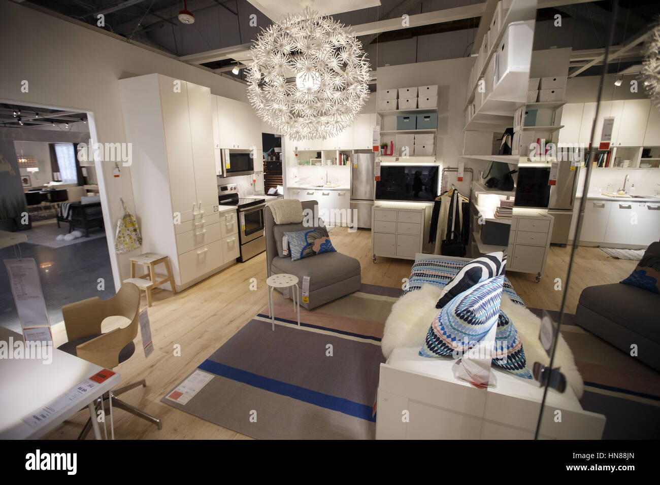 Beau Burbank, CA, USA. 1st Feb, 2017. A Display For A 270 Square Foot Living  Space During A Preview Of The New IKEA Burbank Home Furnishings Store On  Wednesday, ...