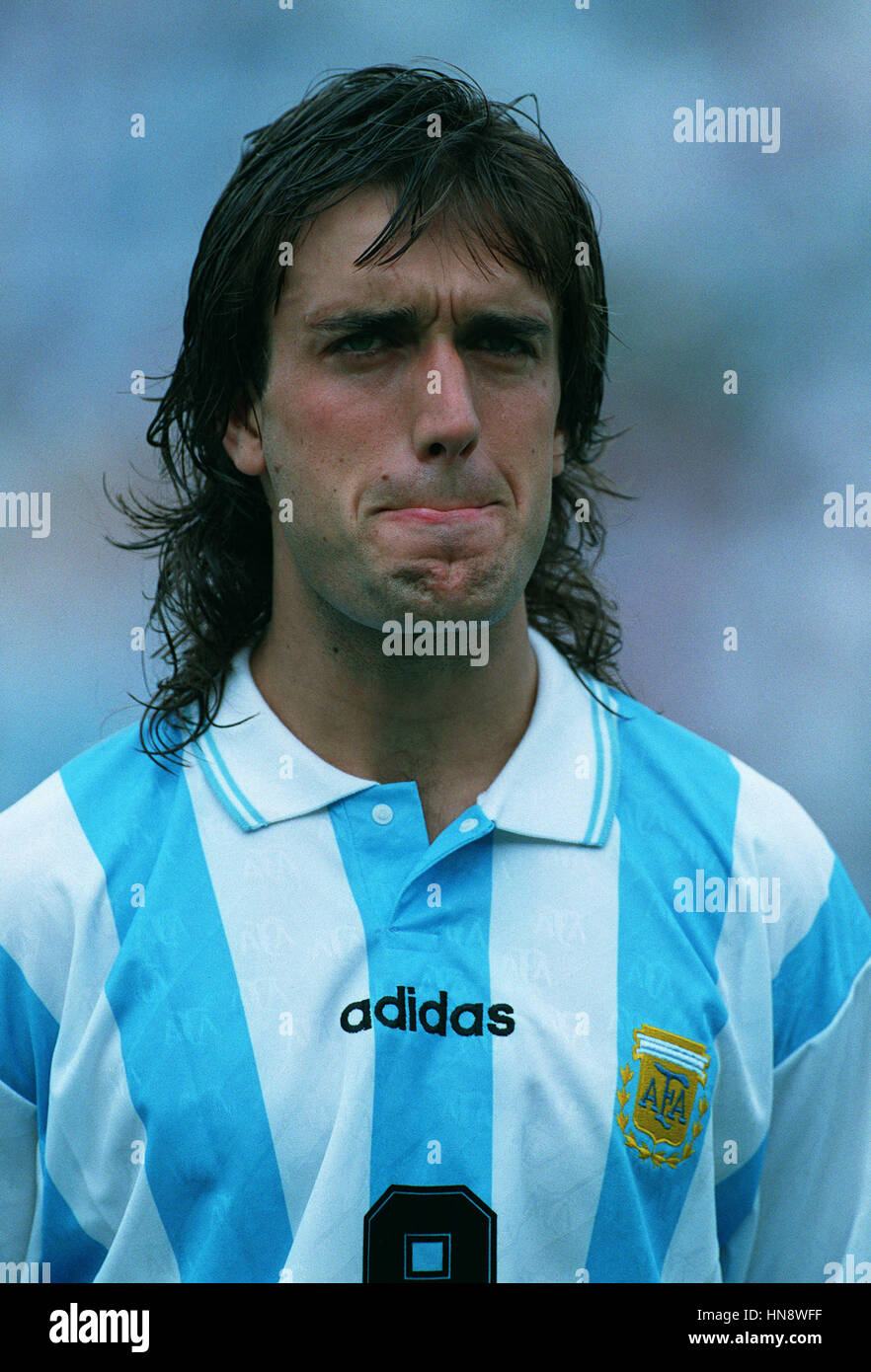 abc7b1c0db4 GABRIEL BATISTUTA ARGENTINA   FIORENTINA FC 01 August 1994 - Stock Image