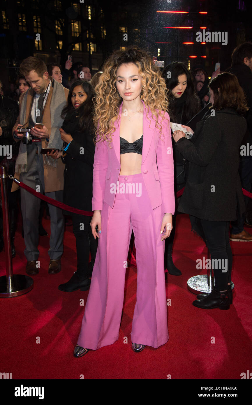 Ella Eyre attends the premiere of Fifty Shades Darker Odeon Leicester Square, London. - Stock Image