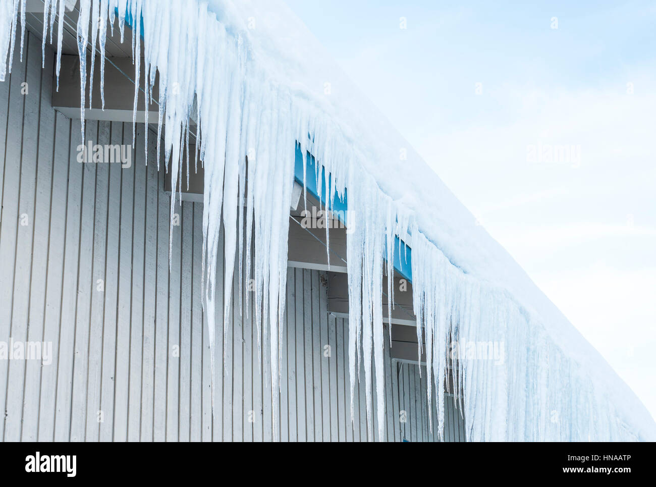 Icicle Snow Roof Stock Photos Amp Icicle Snow Roof Stock