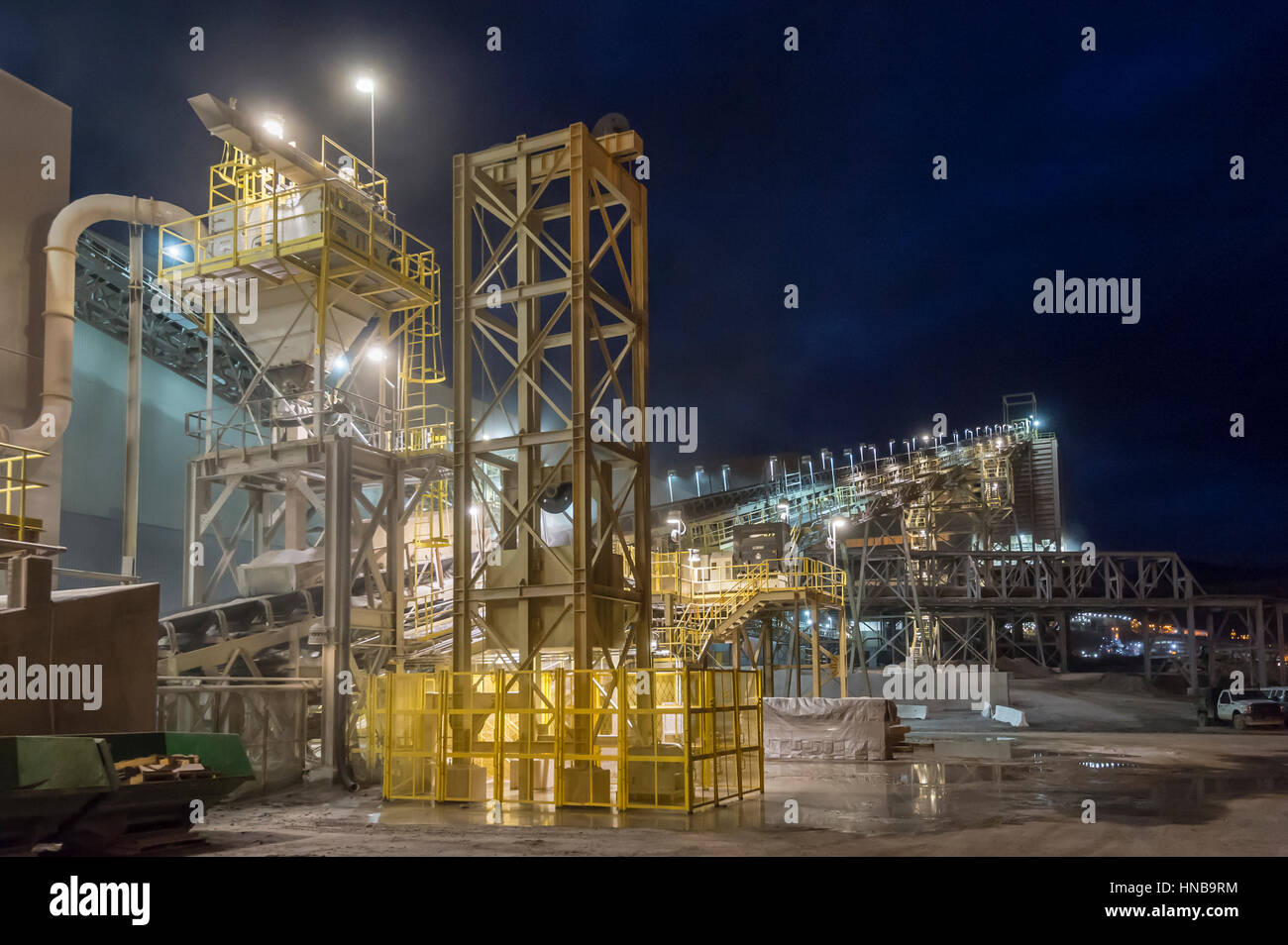 Conveyor Belts, Copper Mine, Arizona USA - Stock Image