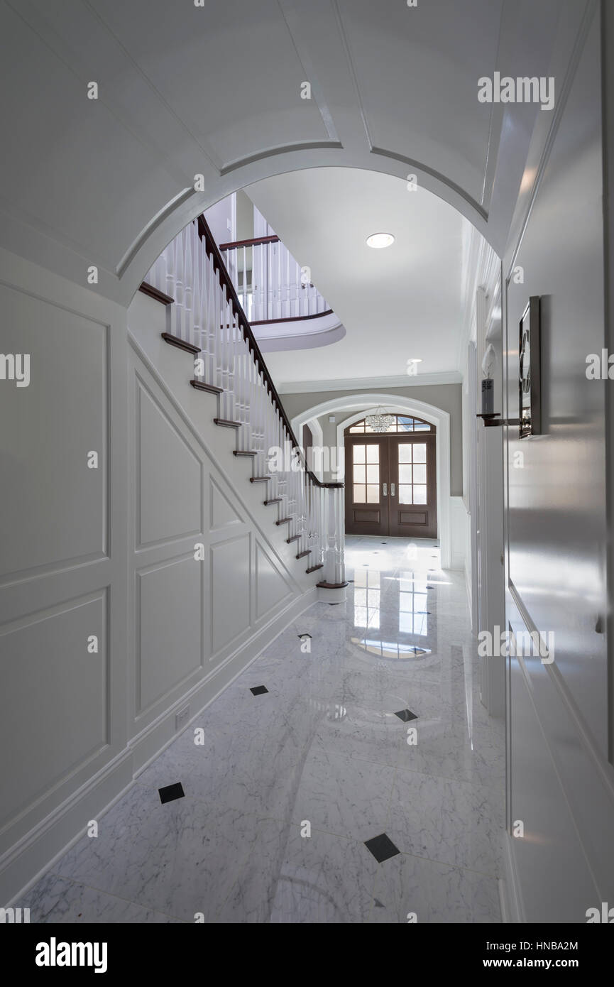 White Foyer Interior Staircase Front Door Luxurious House Stock Photo Alamy