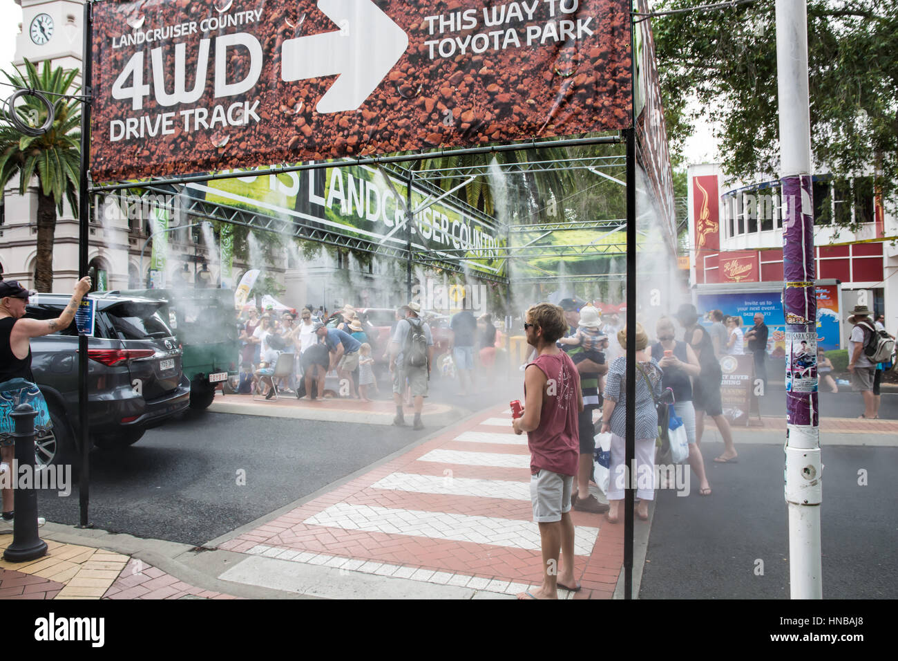 Misty Water Spray to cool pedestrians at Tamworth Country Music Festival January 2017 - Stock Image