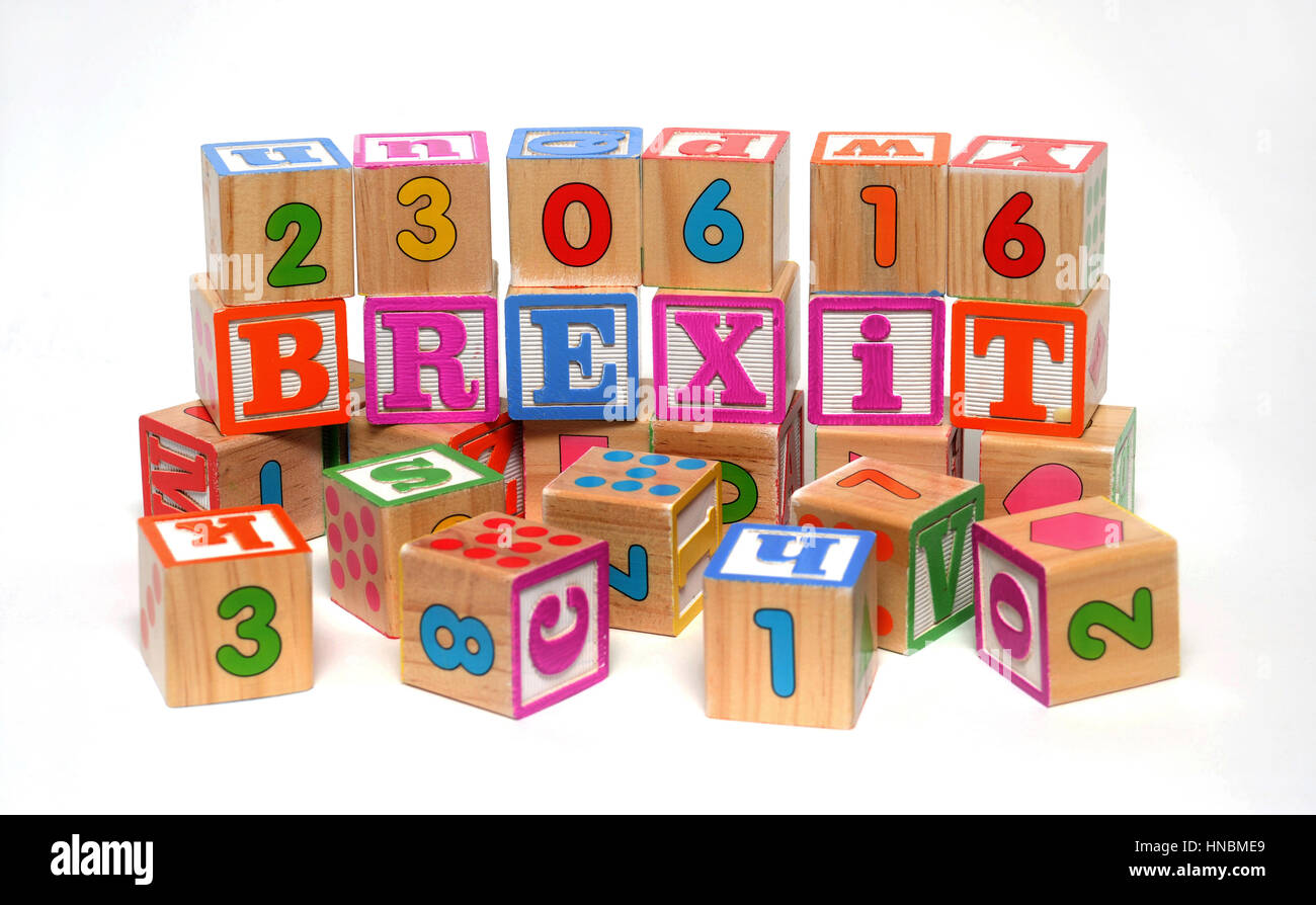 CHILDRENS BUILDING BLOCKS SPELLING BREXIT WITH REFERENDUM DATE RE BREXIT ARTICLE 50 THE EU EUROPEAN UNION THE ECONOMY - Stock Image