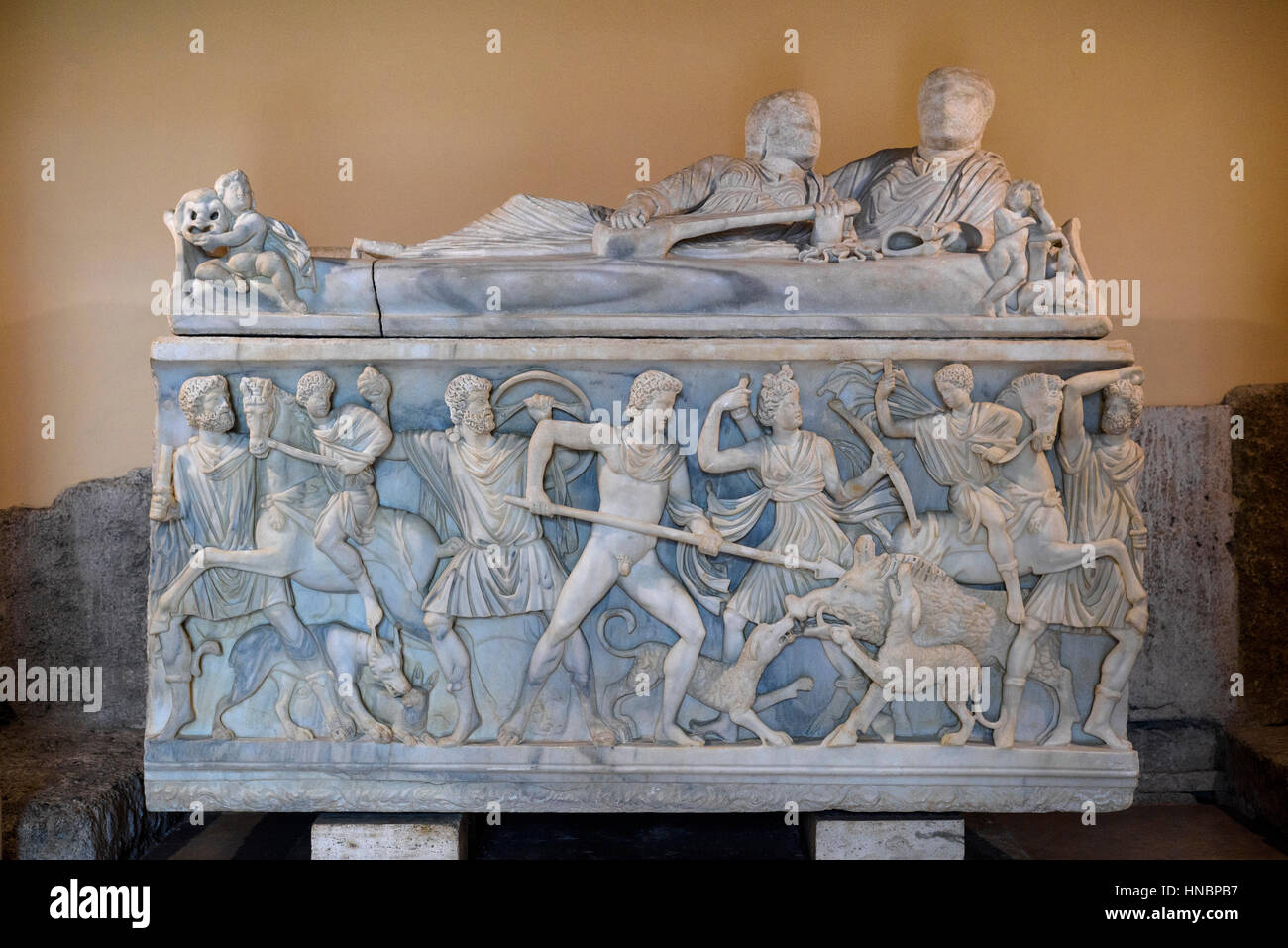 Rome. Italy. Roman sarcophagus depicting the myth of Meleager and the hunt for the Calydonian boar, 3rd century - Stock Image