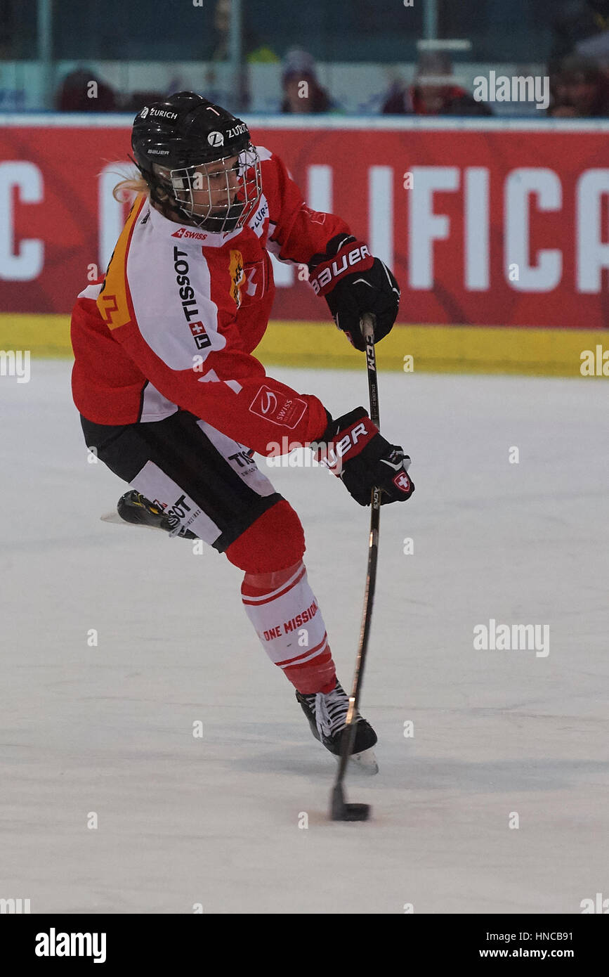 Arosa, Switzerland. 11th Feb, 2017. Lara Stalder during the qualification match for the 2018 Olympic women's - Stock Image