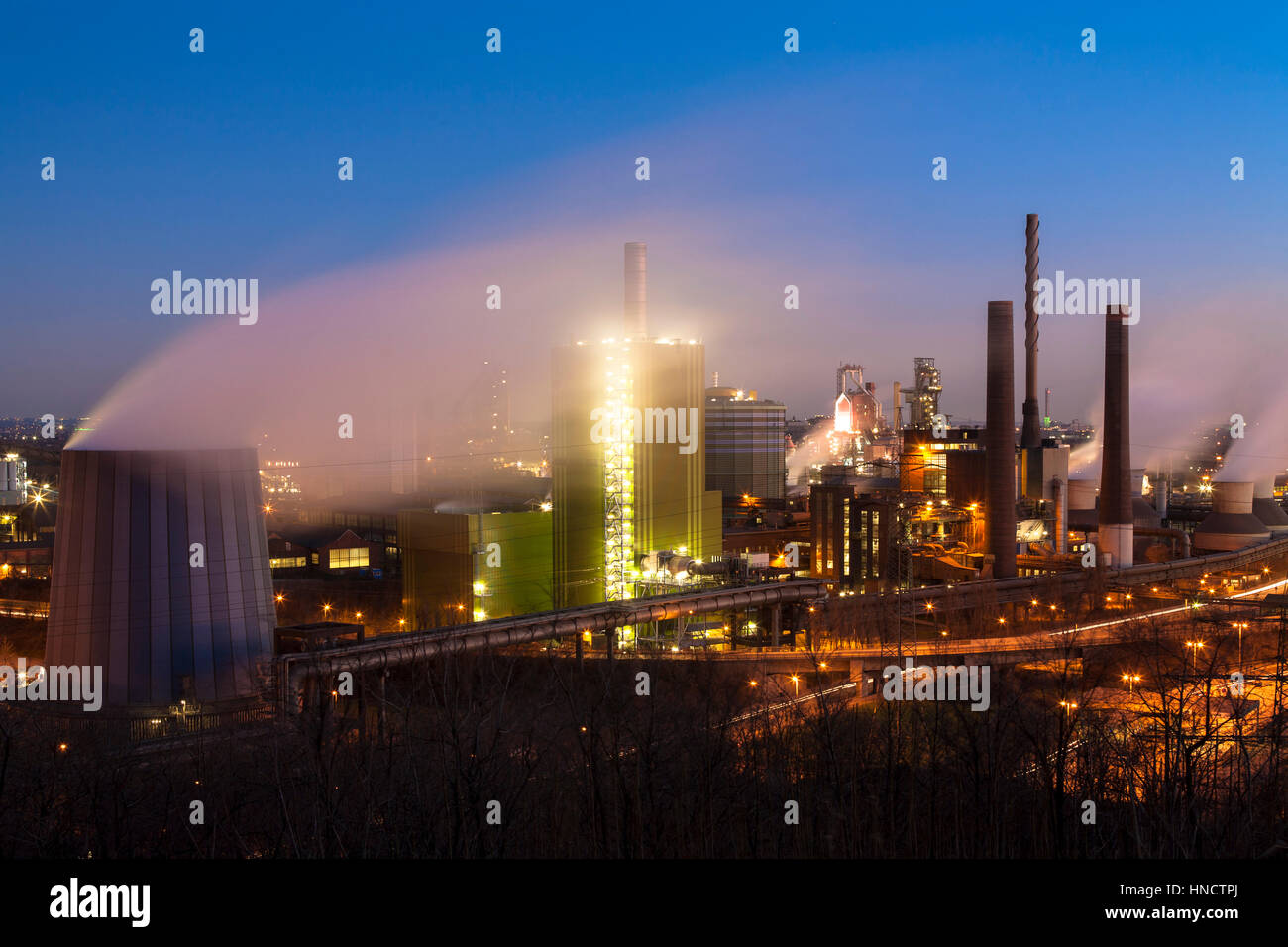 Germany, North Rhine-Westphalia, Ruhr area, Duisburg, ThyssenKrupp Steel plant in the district Bruckhausen, view - Stock Image