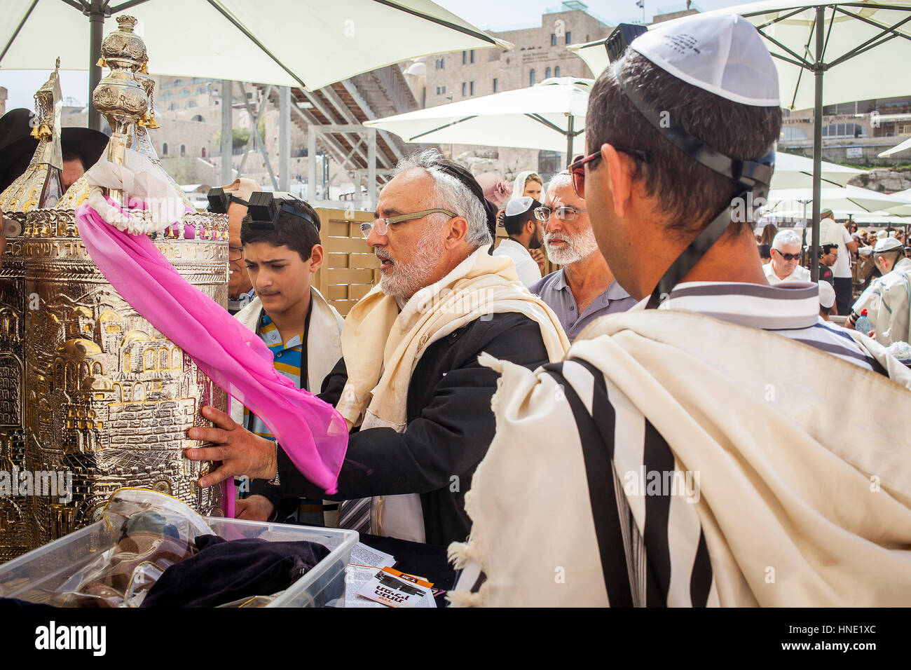 Wailing Wall, Western Wall, men, Bar Mitzvah ceremony, Jewish Quarter, Old City, Jerusalem, Israel. - Stock Image