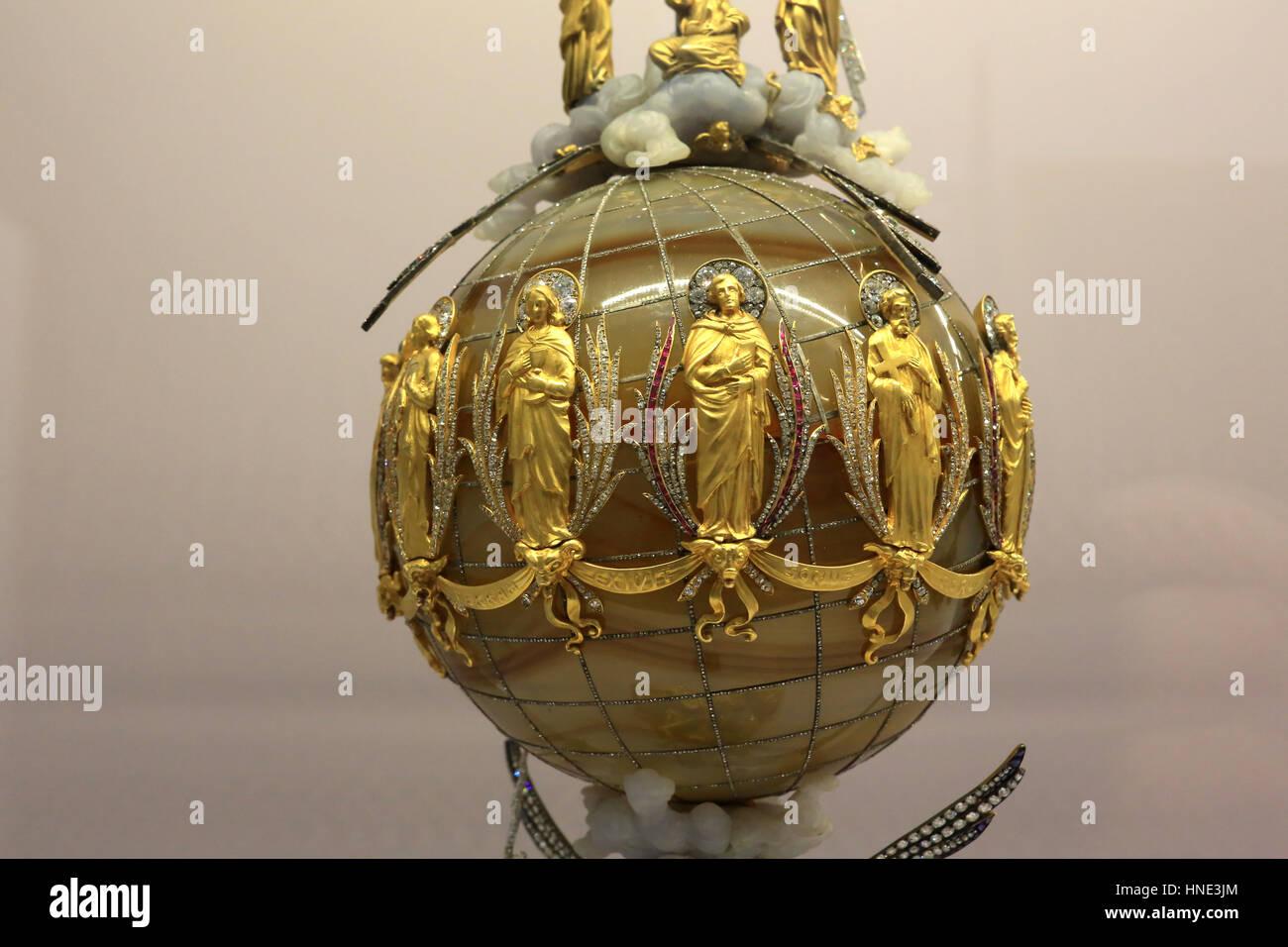 Hieron Museum. Détails. Christus Vincit. Joseph Chaumet. Or, diamans, saphir, rubis, jade, agathe, labradorite. Stock Photo