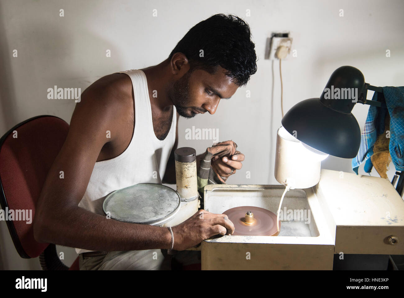 Gemstone cutting workshop, Ratnapura, Sri Lanka - Stock Image