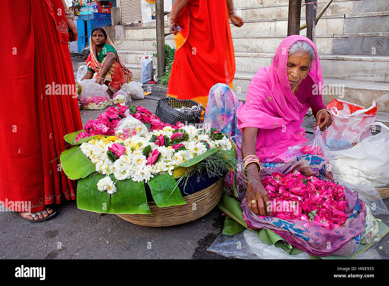 Flower stand at the door of Jagdish Temple,Udaipur, Rajasthan, india - Stock Image