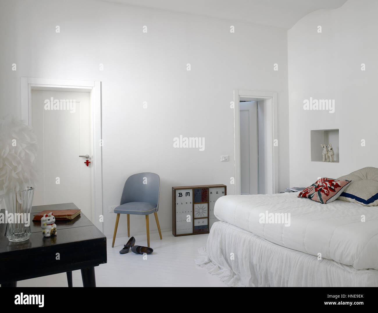 Interior Of A Minimal Bedroom In A Private Home   Stock Image