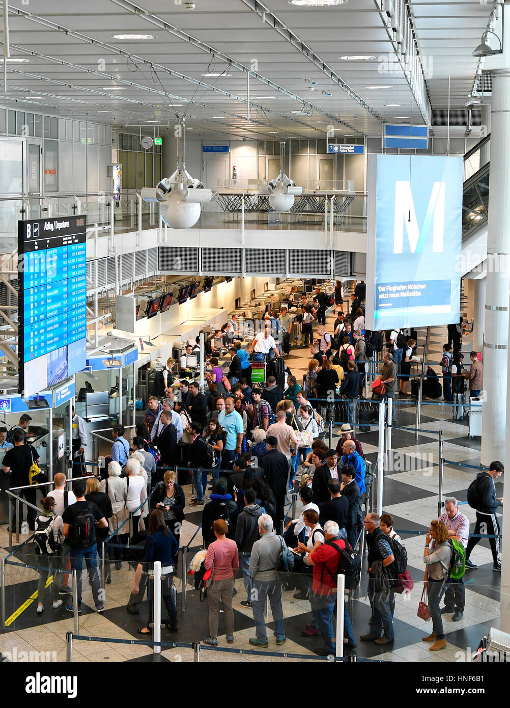Terminal 1, Modul B, departure, Security Controls, Check Point, People, Passenger, Pace, Pax, MUC, EDDM, Airport - Stock Image