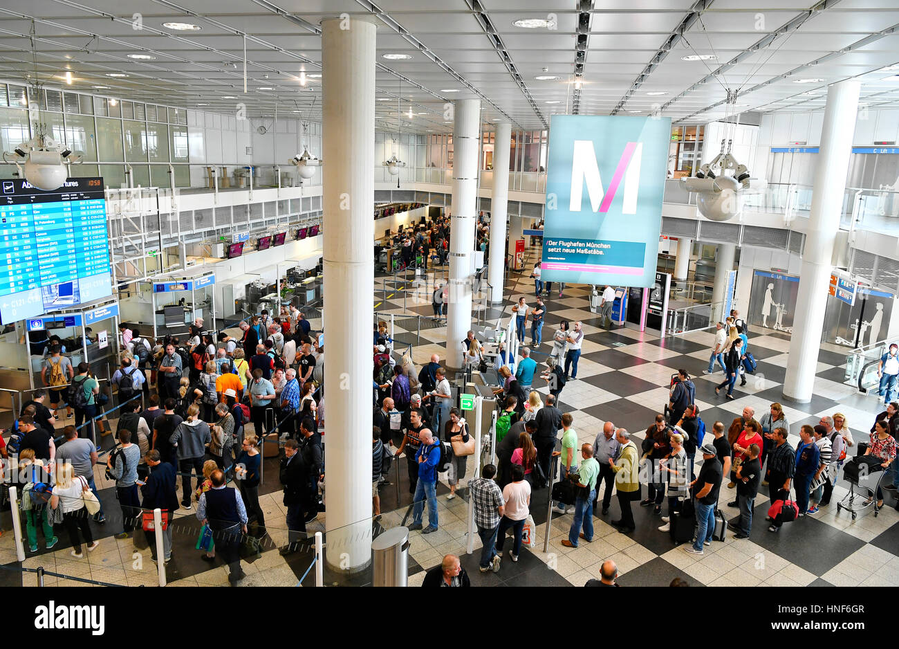 Terminal 1, Modul C, departure, Security Controls, Check Point, People, Passenger, Pace, Pax, MUC, EDDM, Airport - Stock Image