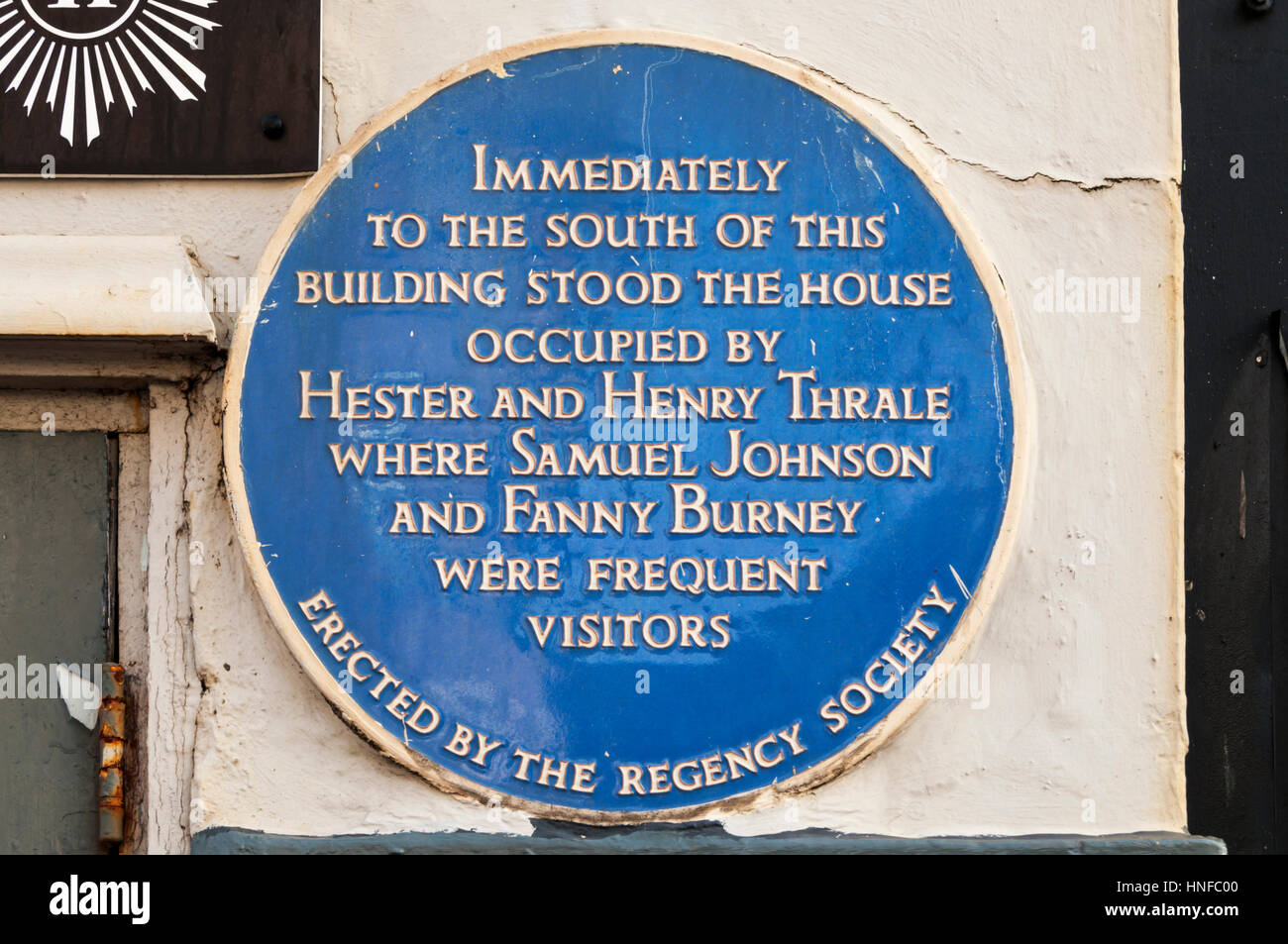 A blue plaque in Brighton commemorates Hester and Henry Thrale and their visitors Samuel Johnson and Fanny Burney. - Stock Image
