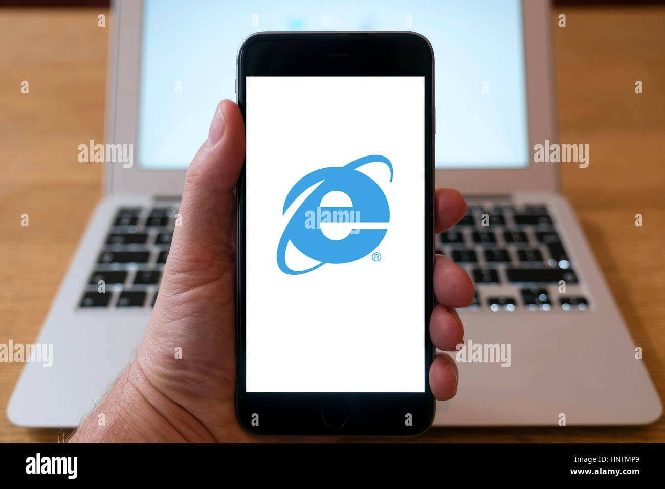 Internet Explorer web browser logo on smart phone - Stock Image