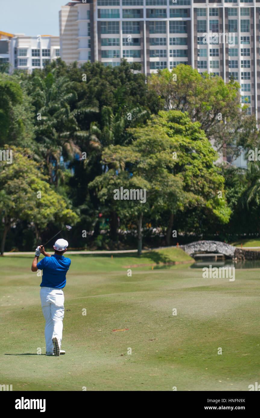Kuala Lumpur, Malaysia. 12th Feb, 2017 Maybank Golf Championship, European Tour, Fabrizio Zanotti driving off the - Stock Image