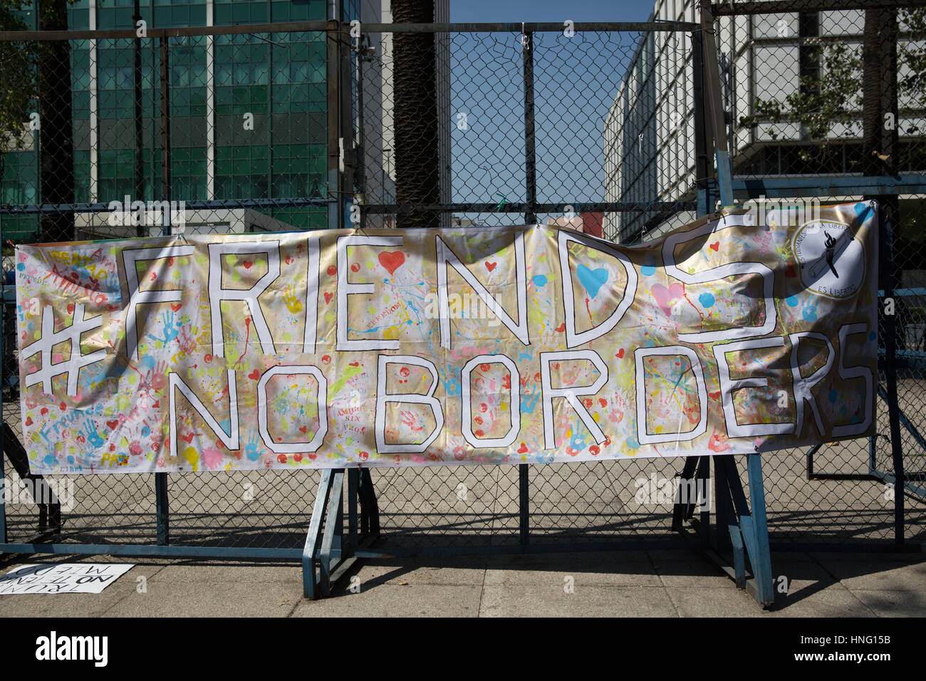 Mexico City, Mexico. 12th February 2017. A banner with message 'Friends, no borders' seen in front of the - Stock Image