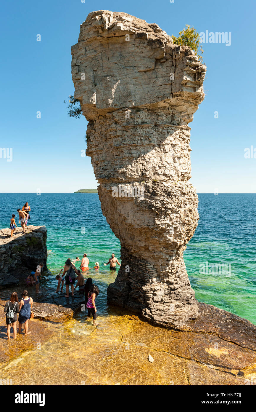 Flowerpot Island at Fathom Five National Marine Park on Bruce Peninsula, close to Tobermory, Ontario, Canada. - Stock Image