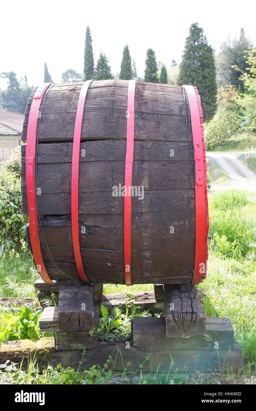 Old barrels for storing wine - Stock Image
