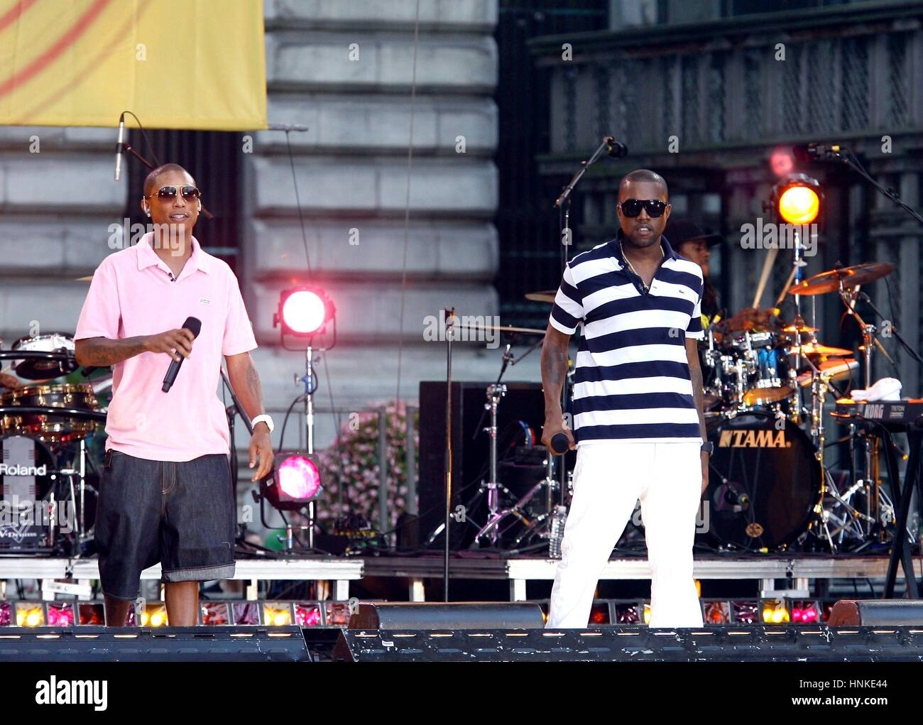 Pharrell and Kanye West performing onstage during Good Morning America at Bryant Park on August 4, 2006 in New York - Stock Image