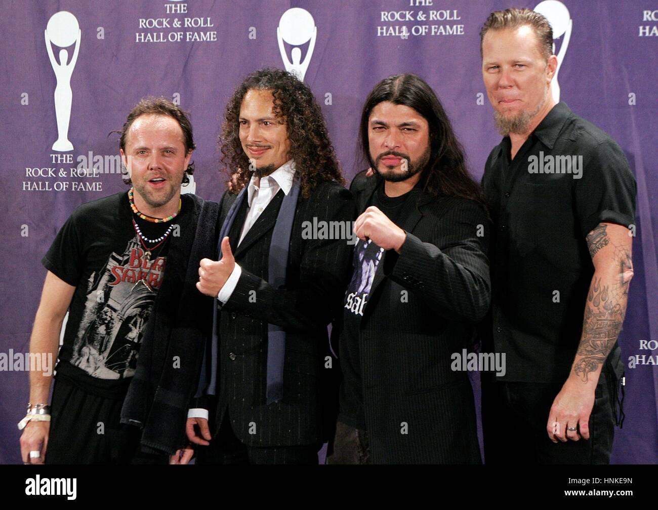 L R Lars Ulrich Kirk Hammett Robert Trujillo And James Hetfield Stock Photo Alamy