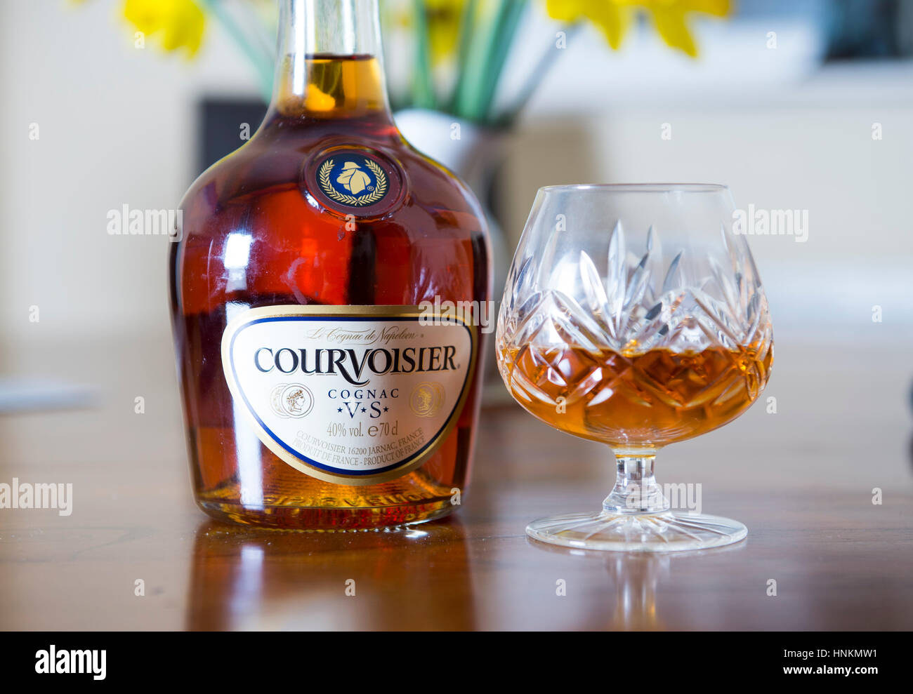 how to drink cognac courvoisier