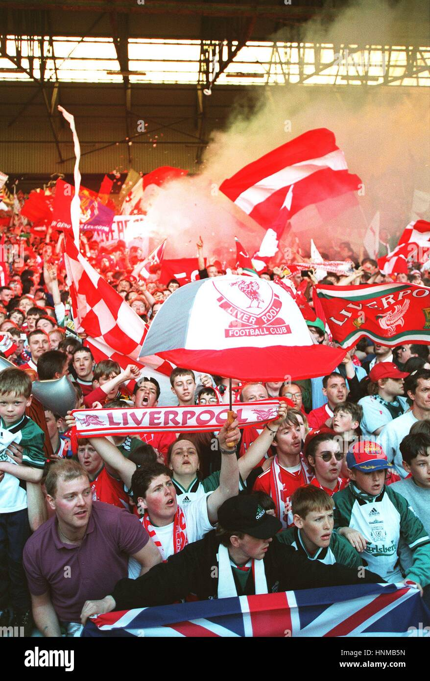 THE KOP ANFIELD LAST GAME BEFORE ALL SEATER 30 March 1995 - Stock Image