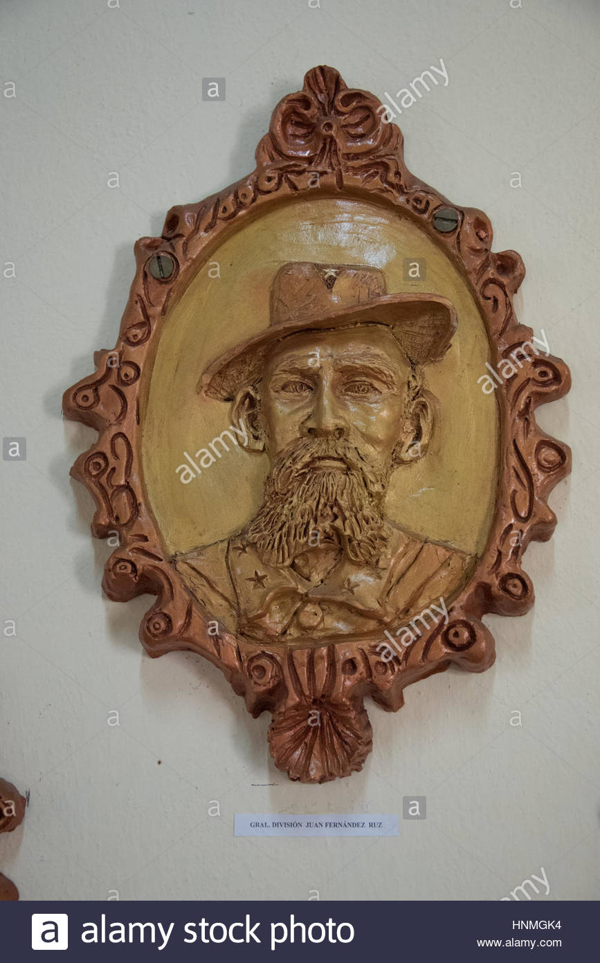 Cuban History: Juan Fernandez Ruz. Portrait made of ceramic by local artists and exhibited in the Vicente Garcia - Stock Image
