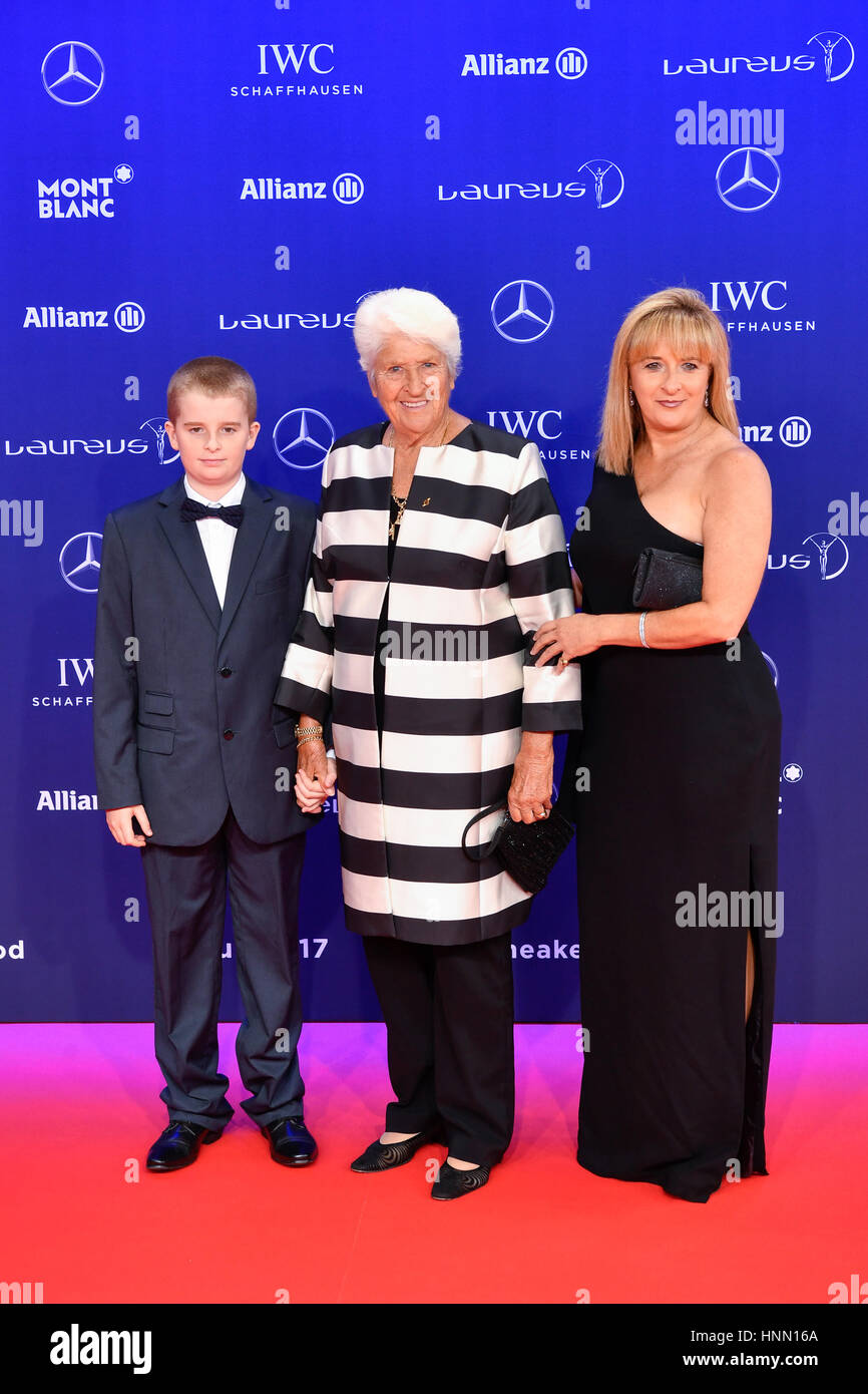 Dawn Fraser 8 Olympic medals Dawn Fraser 8 Olympic medals new foto