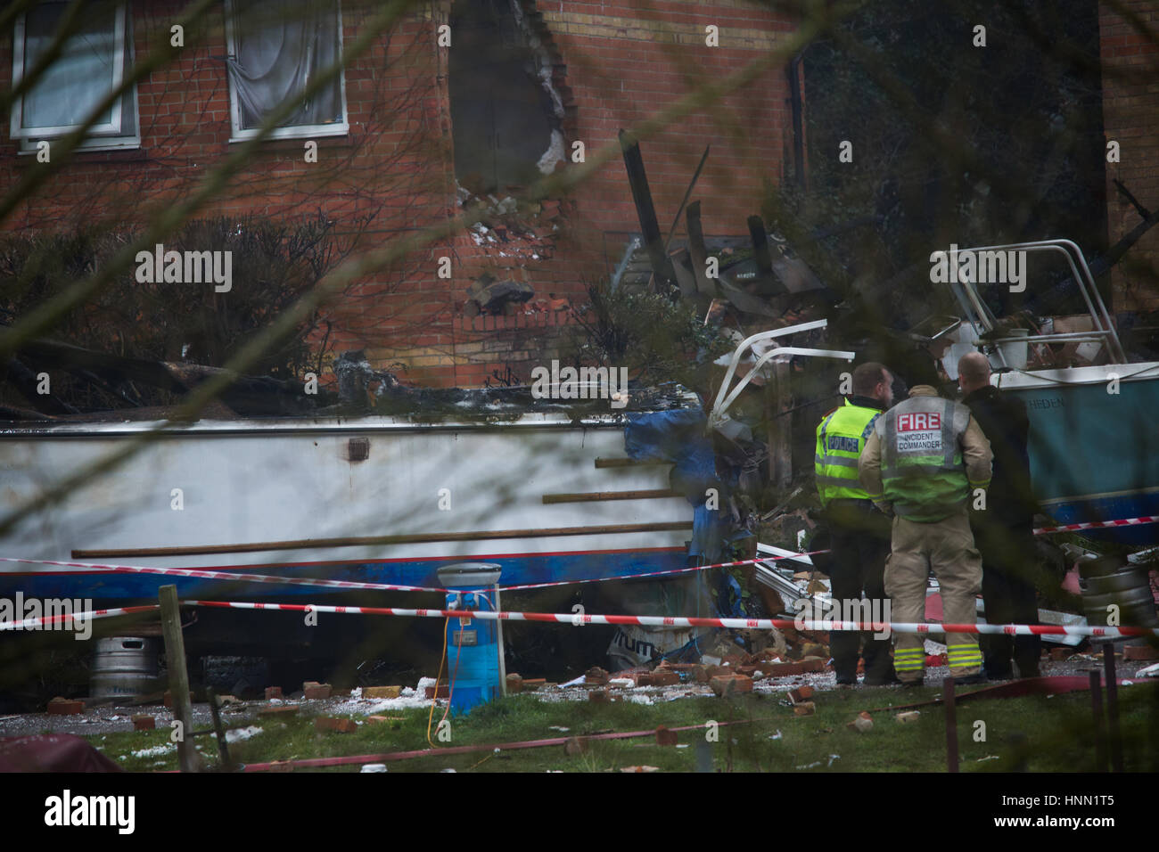 Oxford, UK. 15th Feb, 2017. Aftermath of the explosion. Block of flats in Osney Lock, Oxford collapsed due to a - Stock Image