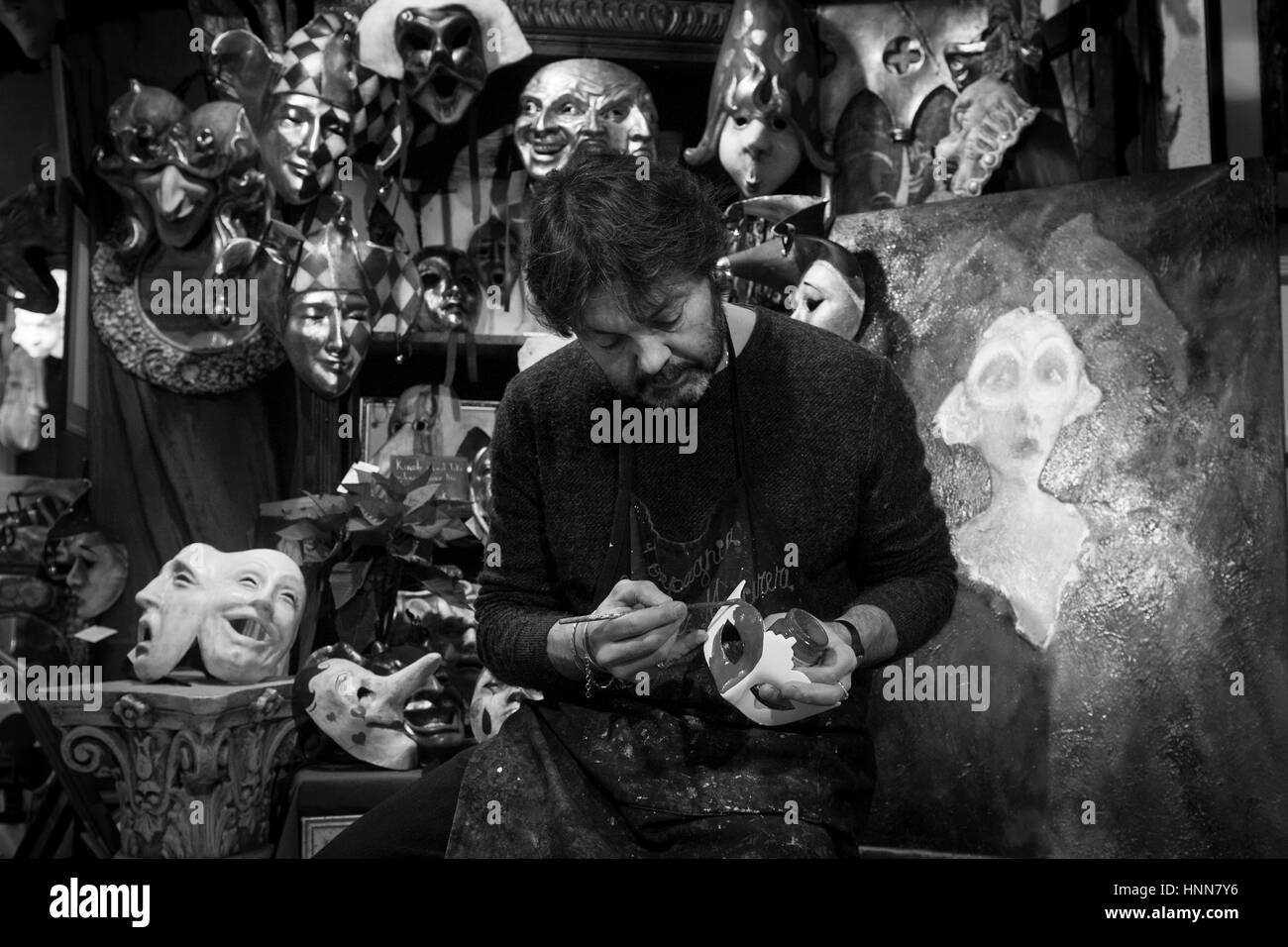 The venetian art of creating carnival masks of 'El Mascarer', that also creates the masks of 'Eyes Wide - Stock Image