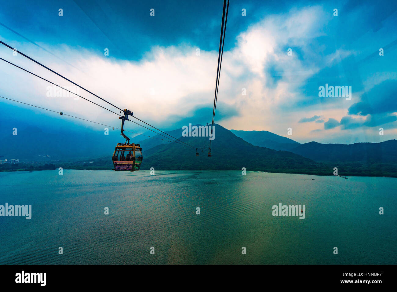Hongkong Da Yu Shan cable car - Stock Image