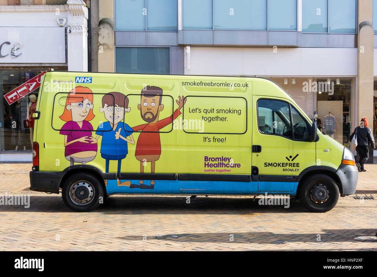 A Bromley Healthcare community health service van promotes an anti smoking campaign and offers people advice & - Stock Image