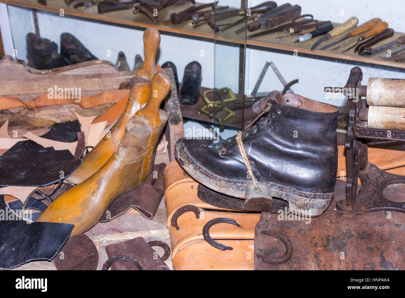 Dent Village Museum and Heritage Centre, Dent, Yorkshire Dales, England.  Reconstruction of a 19th century cobbler's - Stock Image