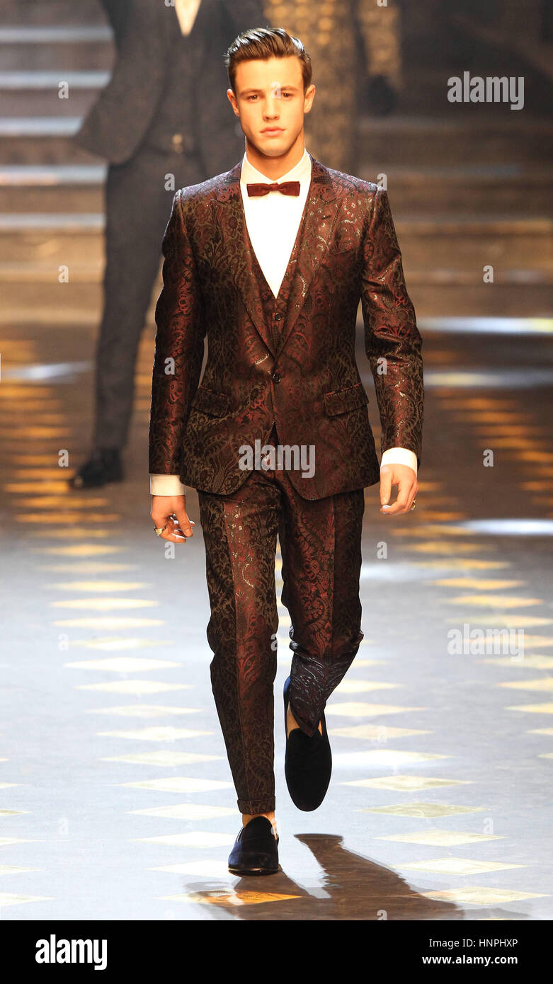 Milan Men s Fashion Week Fall Winter 2017 2018 - Dolce   Gabbana - Catwalk  Featuring  Model Where  Milan 0b85c09567d