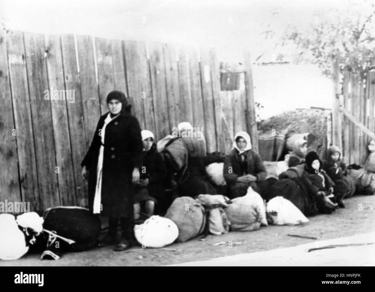 The Nazi propaganda image shows civilians in Stalingrad (today Volgograd). Taken in September 1942. A Nazi state - Stock Image