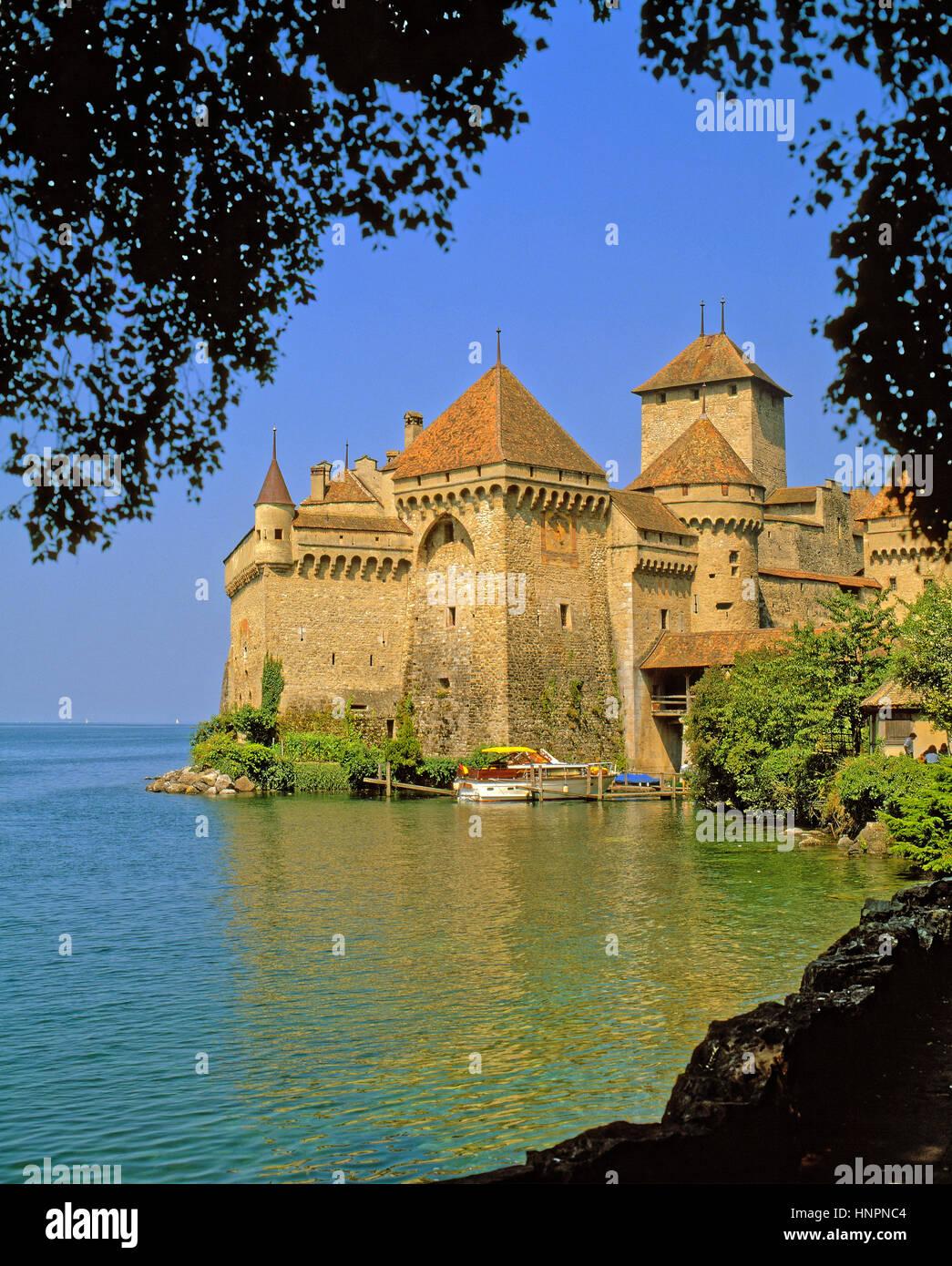 Chateau Chillon on the banks of Lake Leman (Lake Geneva) near Montreux, Switzerland. Stock Photo