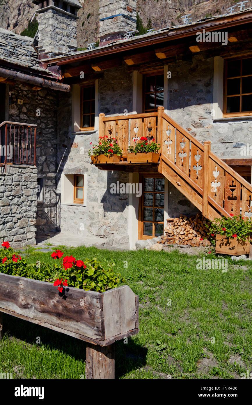 Alpine stone cottage, Val Veny, Mont Blanc, Italy - Stock Image