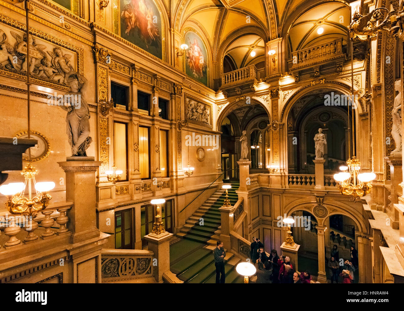 Stock Photo - Interior of Vienna Royal Opera house - Stock Image