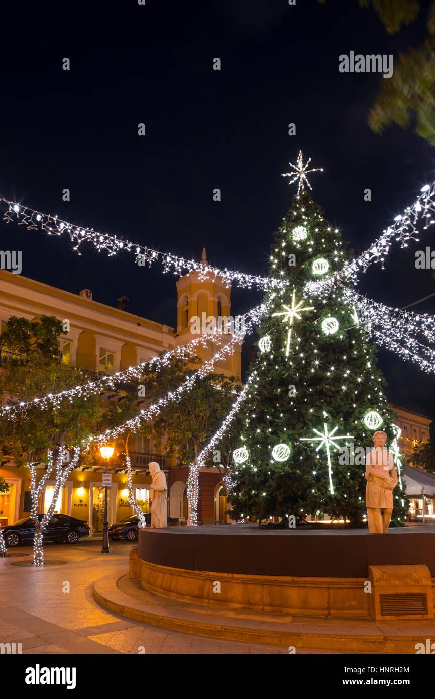 christmas tree decorations alcaldia city hall plaza de armas old town san juan puerto rico - Puerto Rico Christmas Tree Decorations