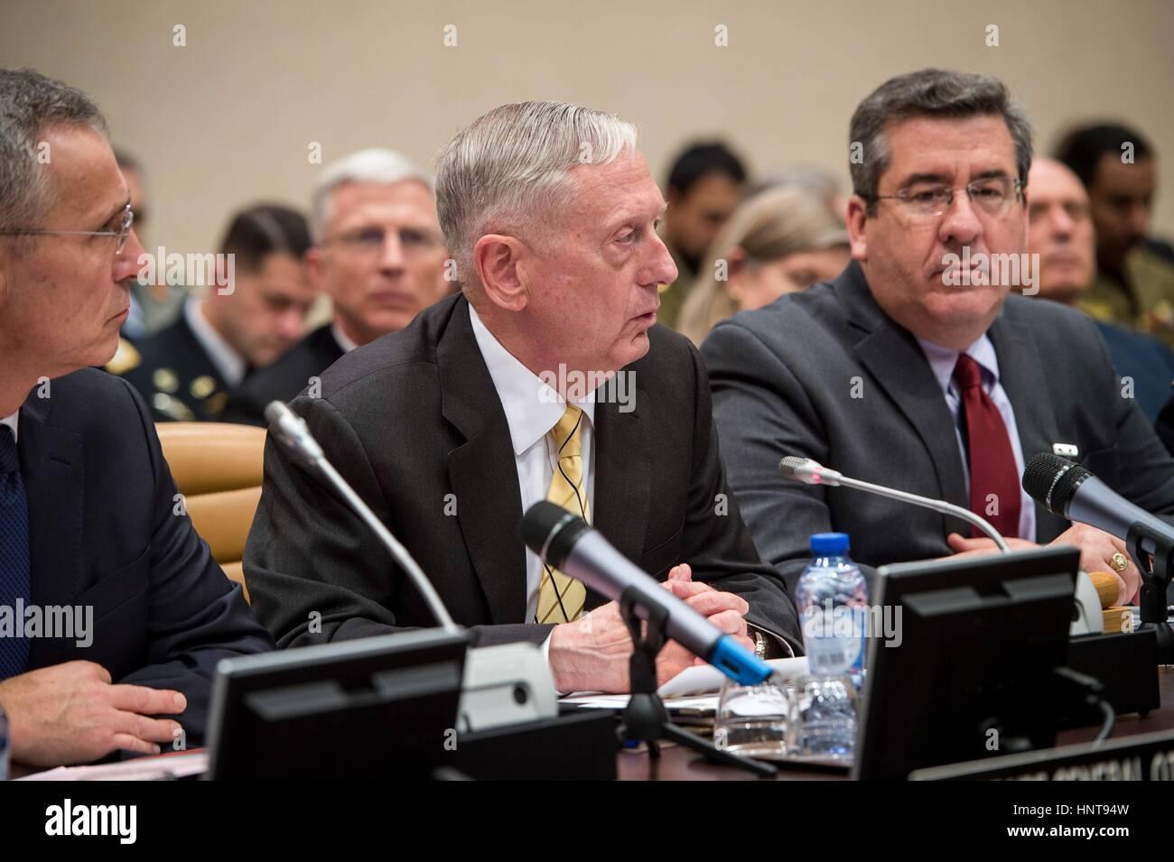 Brussels, Belgium. 16th February 2017. U.S. Secretary of Defense Jim Mattis speaks during a Global Coalition to Stock Photo