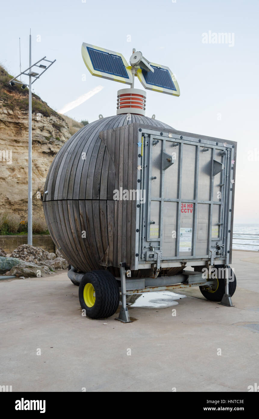 'Roker Pod' (Moveable Multi-use Containers Using Renewable Energy) located at Holey Rock, Roker, Sunderland - Stock Image