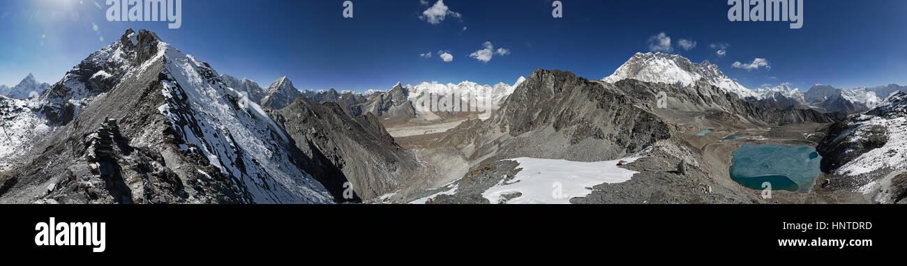 360 degree panorama taken from the ridge up from Kongma La Pass towards Pokalde Mountain with Himalayan peaks in - Stock Image