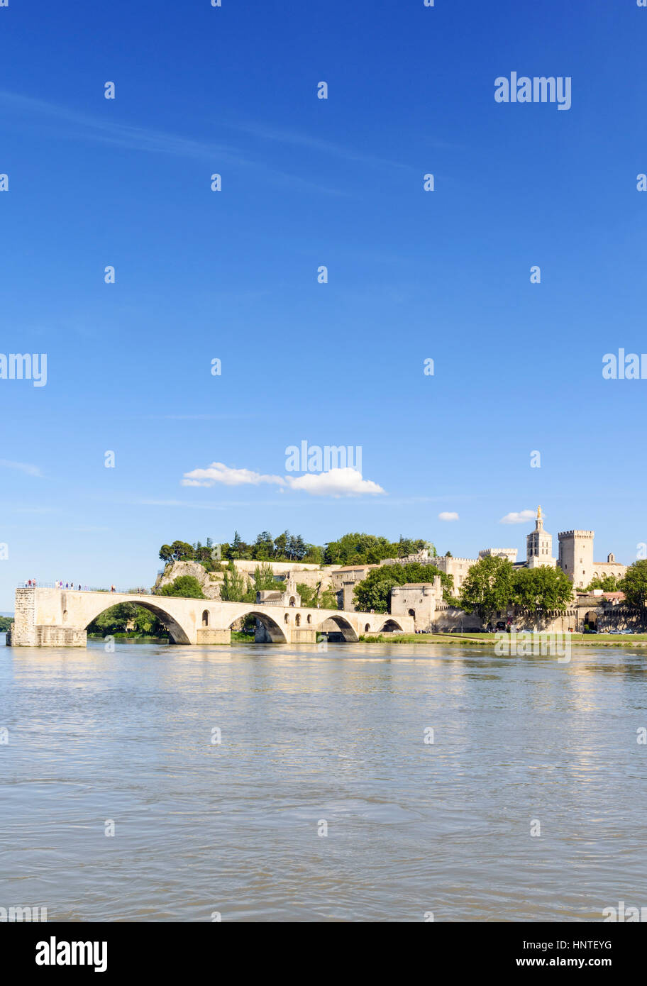 Pont Saint-Bénézet bridge, Avignon, France - Stock Image