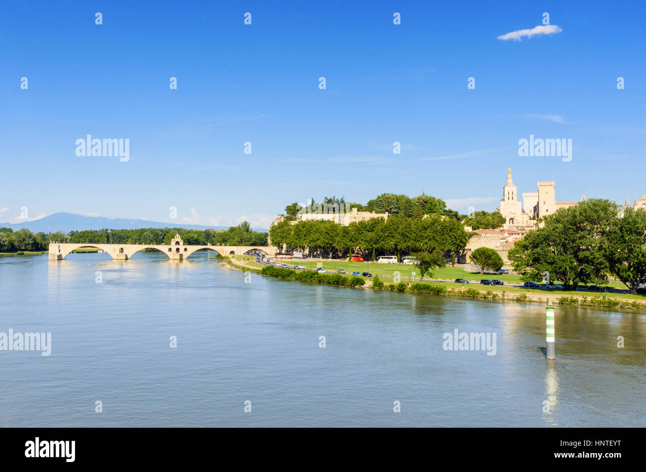 Pont Saint-Bénézet and Avignon Cathedral in the distance, Avignon, France - Stock Image