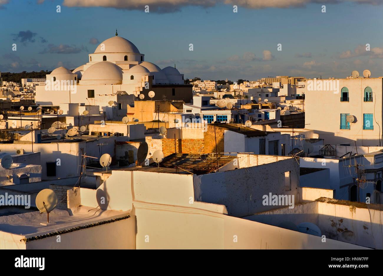 Tunisia: City of Tunis.skyline of Tunis. At left Sidi Mahrez Mosque. - Stock Image