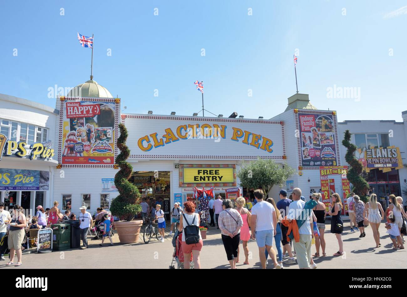 Clacton on Sea , United Kingdom - August 26, 2016: Crowds outside Clacton Pier - Stock Image